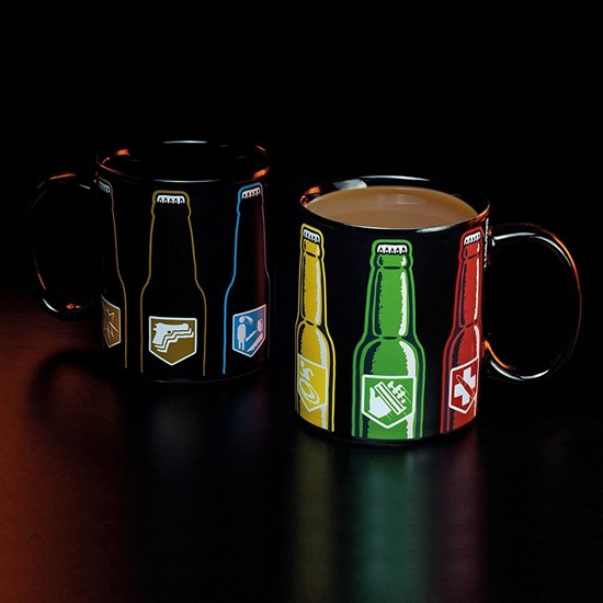 5055964714727 Call of Duty Heat Changing Mug