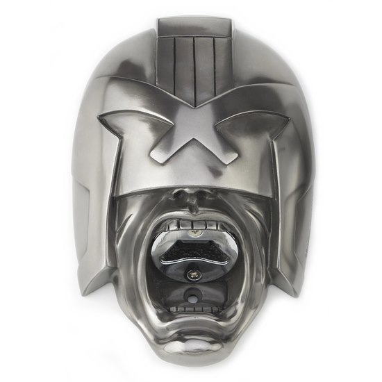 5060386090656 Beer Buddies Judge Dredd Bottle Opener